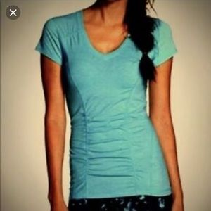 Zella V Neck Z5 Turquoise Tee with Ruching - Small